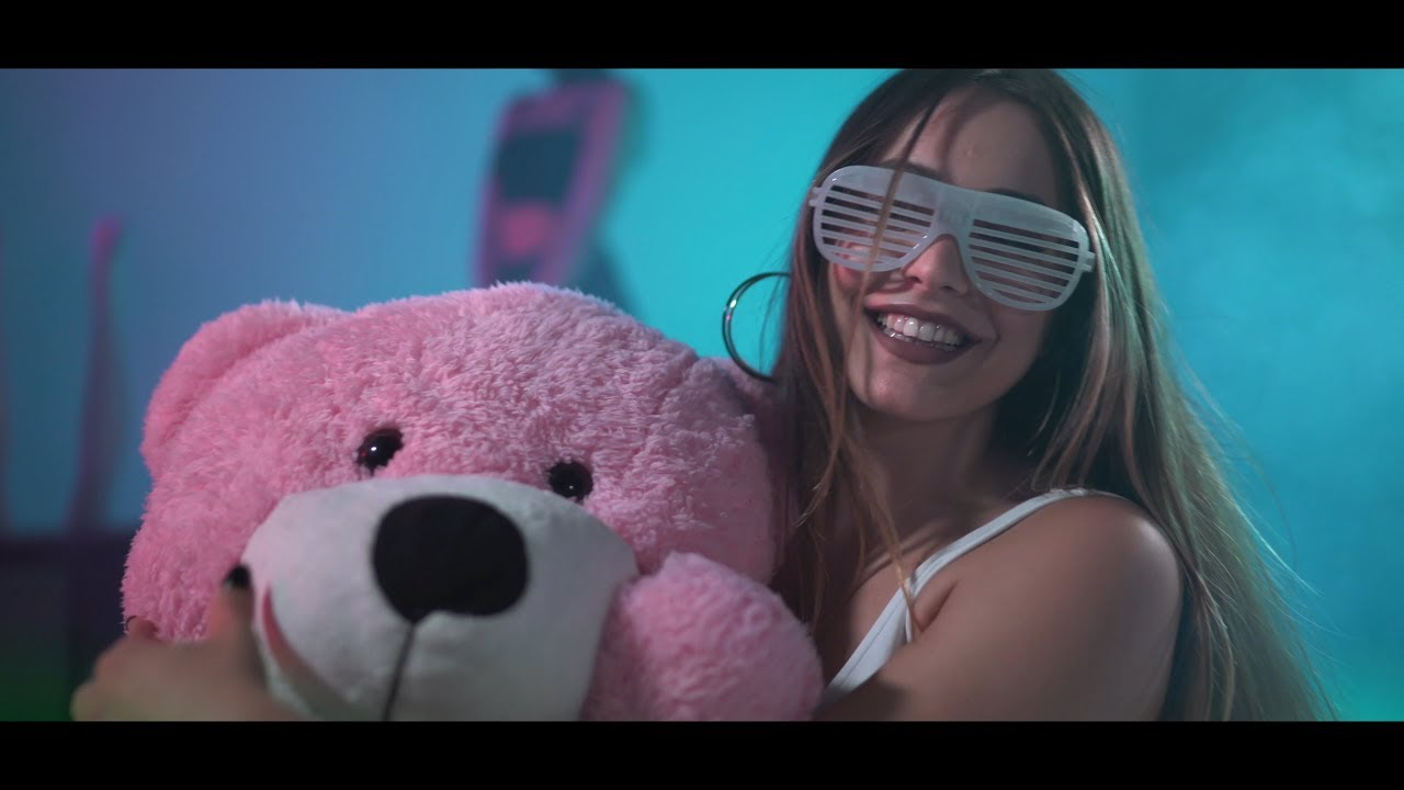 Elanur - Bela (Official Video)