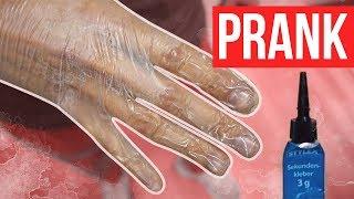 Sekundenkleber Handshake Prank Eskaliert!!|  FaxxenTV