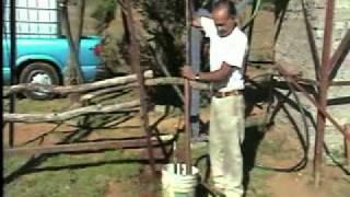 BOMBA DE AGUA CASERA~1.mp4