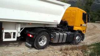 Renault Trucks OptiTrack in action with Biglorryblog!
