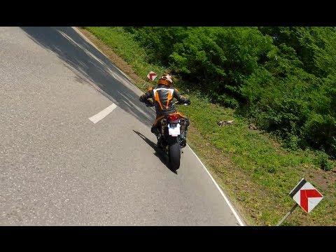 KTM LC4 640 Supermoto & BMW G650 XMOTO in Action