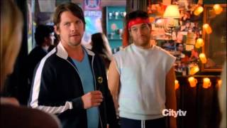 Happy Endings - Max loves the gym