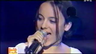 2001-04-21 - Hit Machine (M6) - Parler tout bas