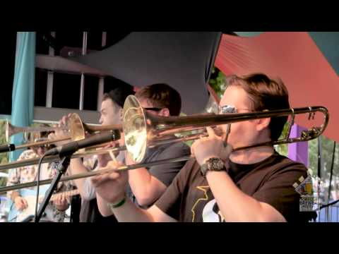 'So Fresh And So Clean' (Cover) - High And Mighty Brass Band - Oregon Brewer's Festival 2015