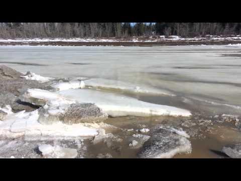 Hay River 2013 Breakup