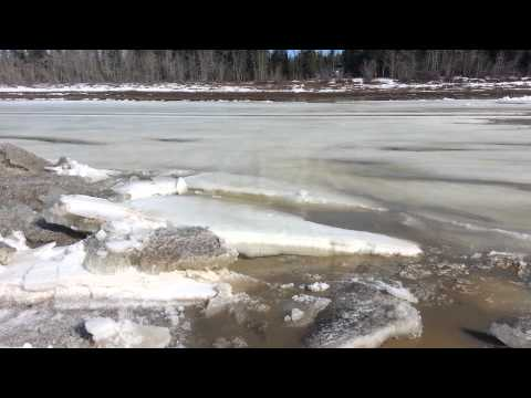 Hay River 2013 Breakup