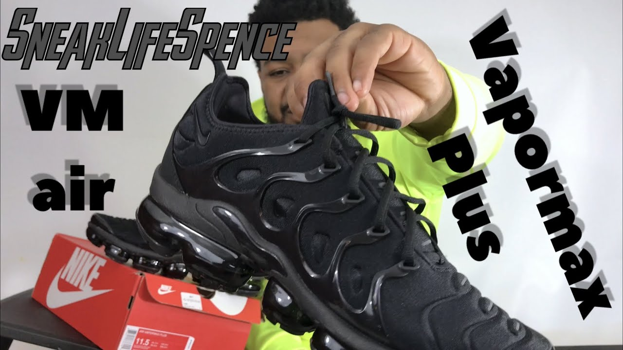 a898f4f18b711 Vapormax Plus triple black - YouTube