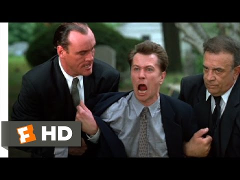 Romeo Is Bleeding (7/12) Movie CLIP - Taking the Toe (1993) HD