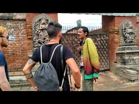 Bhaktpur sightseeing by Local Guide