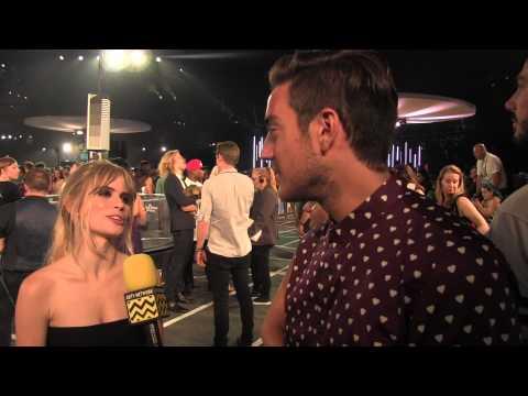Carlson Young @ 2015 MTV VIDEO MUSIC AWARDS  AfterBuzzTV