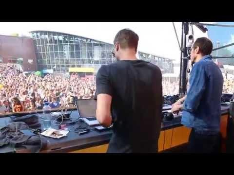 Kollektiv Turmstrasse live - Sorry I'm Late @ Loveland 2015 (Amsterdam), 2015.08.08 - OneMusic