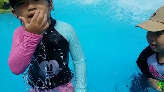 귀여운자매  함평 돌머리 해수욕장 수영장