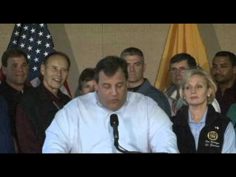 Governor Christie Sandy Recovery Press Briefing In Lincroft