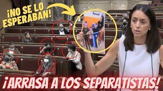 💥¡B-R-U-T-A-L!💥 Diputada CATALANA de VOX ARRASA a la BANCADA SEPARATISTA ¡¡AL SACAR ESTO A LA LUZ!!