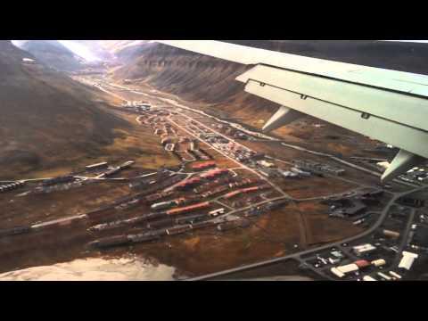 Amazing landing in Longyearbyen