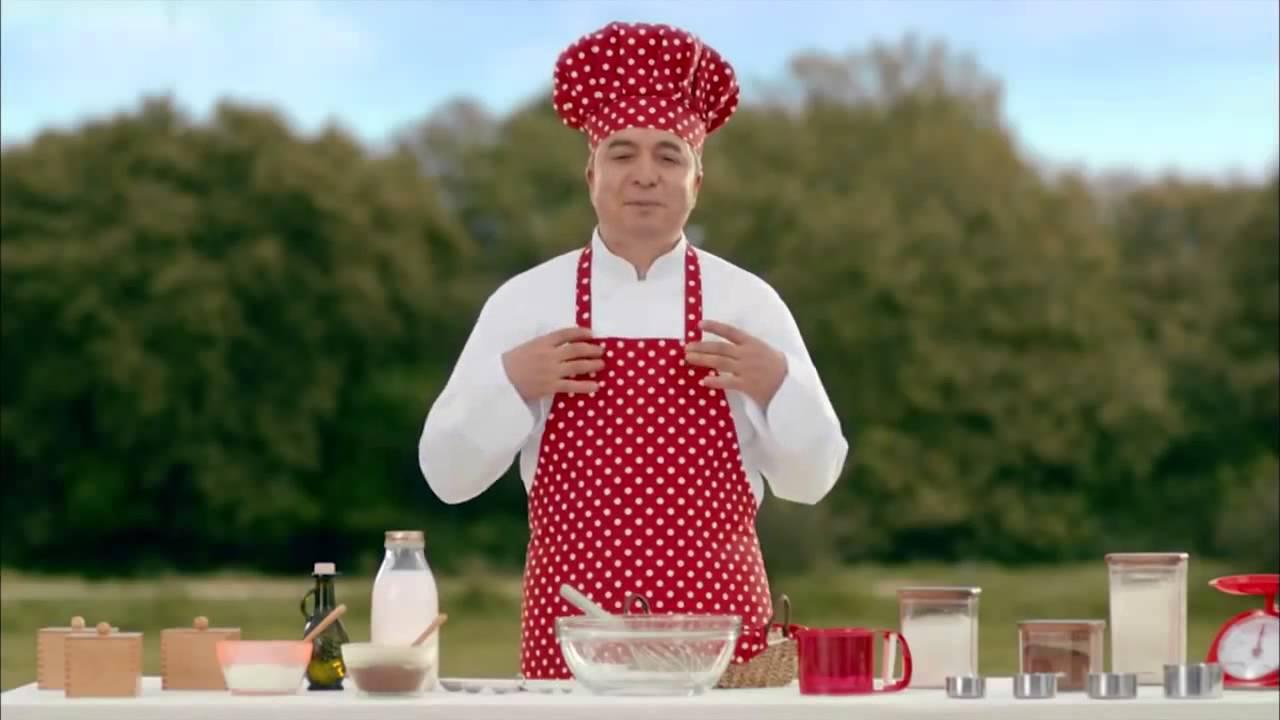Oktay Usta ile Ülker Dankek Rulo Pasta - YouTube