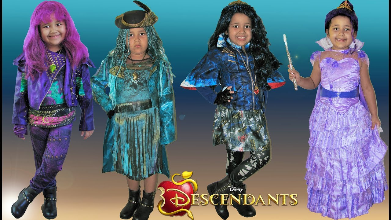 Descendants 2 Halloween Costumes Dress Up Mal Evie Uma - YouTube