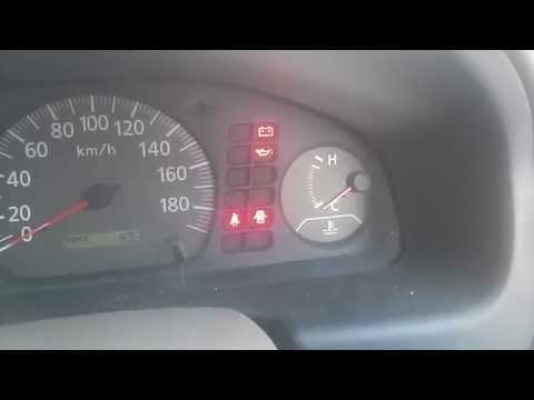 """Nissan Sunny QG15 считывание кода ошибок """"педалированием"""""""