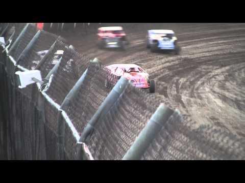 Kankakee County Speedway (5/20/11) UMP Modified Heat Race Recap