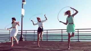 Hoop Dance: Katie Sunshine & The Hooptown Hotties