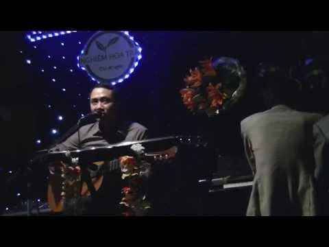 Cây đàn guitar của Lorca - Trần Anh Tuấn hát tại Sinh nhật Đình Khoa 30.03.2014