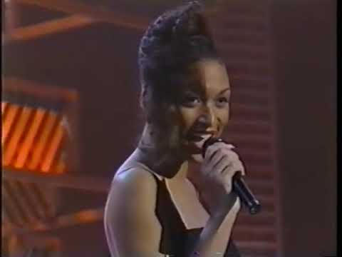 SOUL TRAIN- Keith Wasington & Chanté Moore- Candlelight And You