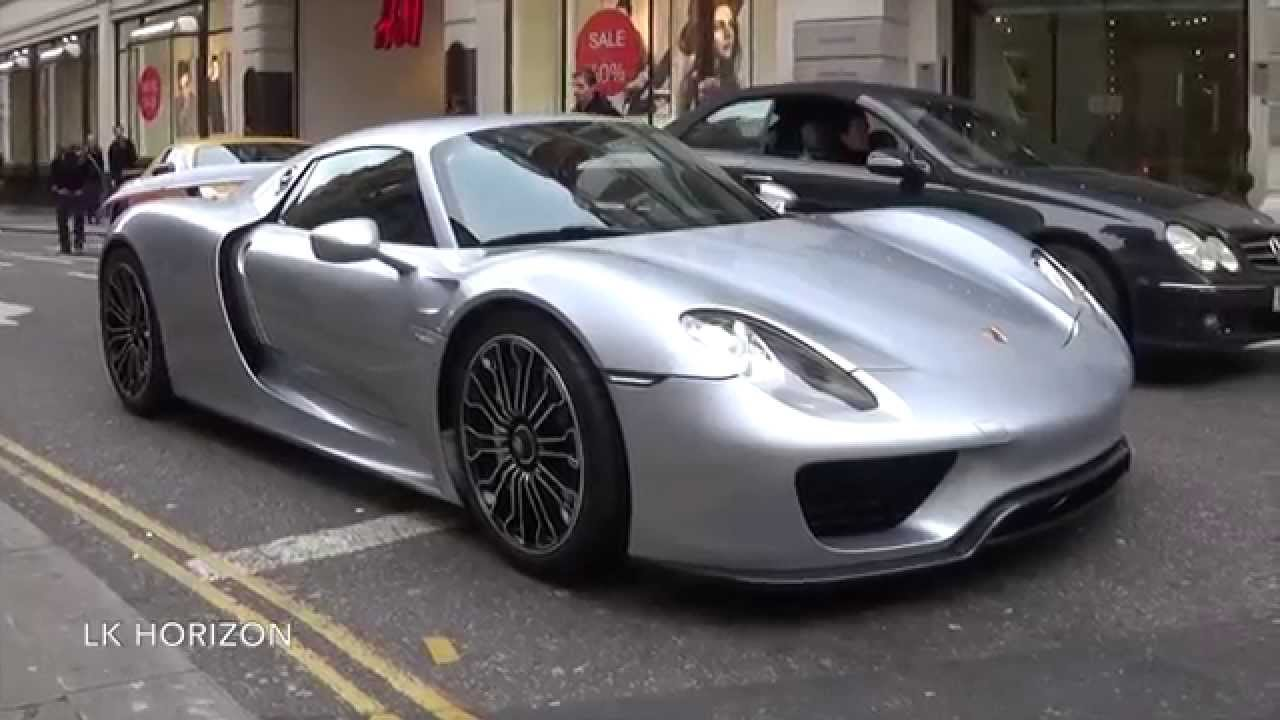 Arab Porsche 918 Spyder driving in London