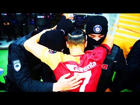 Futbolista marca Gol y se lo dedica a Policías en Muestra de apoyo | Fútbol Social