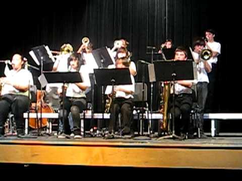 Wilson Middle School Jazz Band Playing It Don't Mean a Thing