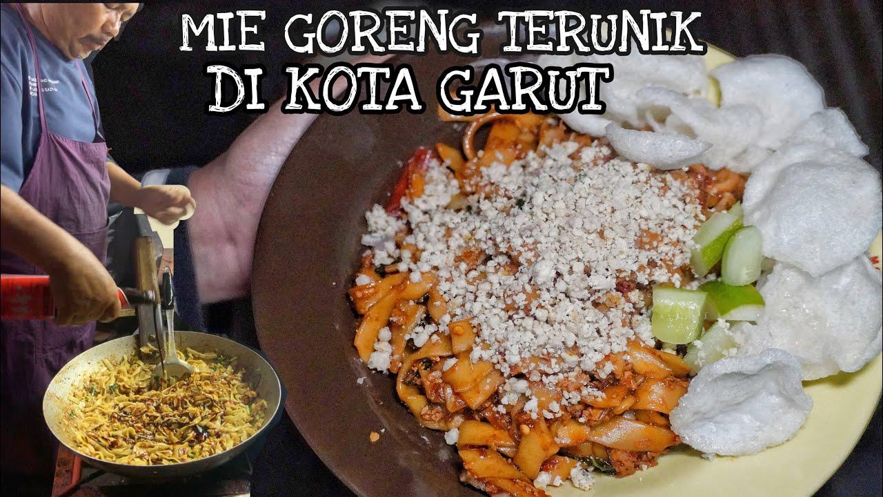 TERUNIK! MIE TAPI MIRIP KWETIAW DENGAN TOPPING AYAM CINCANG DI GARUT!