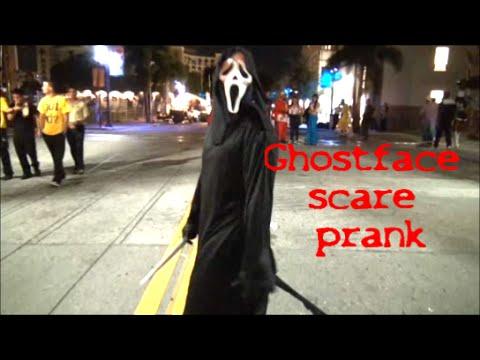 Ghostface scare prank