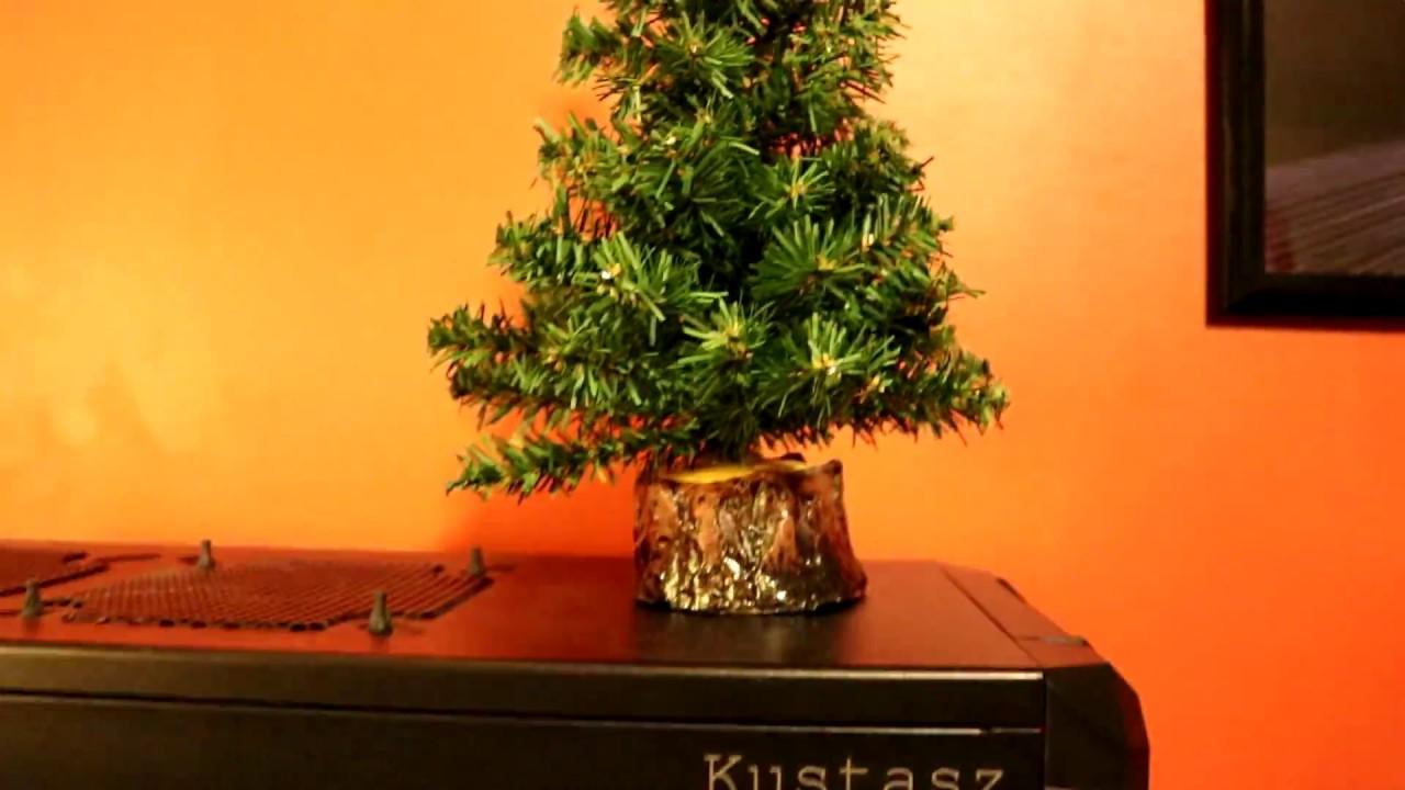 Oh Christmas tree, Oh no Christmas tree - YouTube