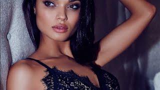 DANIELA BRAGA Model 2017 by Fashion Channel