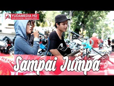 Cewek Cantik Kamtis Family ft Pengamen Jalanan Malang, Nyanyi Lagu Endank Soekamti untuk DOES Squad