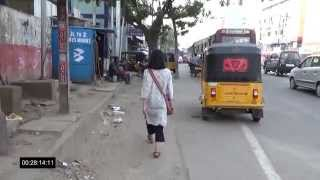 Ladies Toilet - How long does it take a woman to find a toilet in an Indian city?