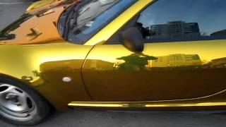Оклейка автомобиля пленкой золотой хром