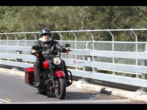 2017 Harley-Davidson Road