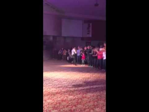 Danny Gokey - Lift Up Your Eyes (live)