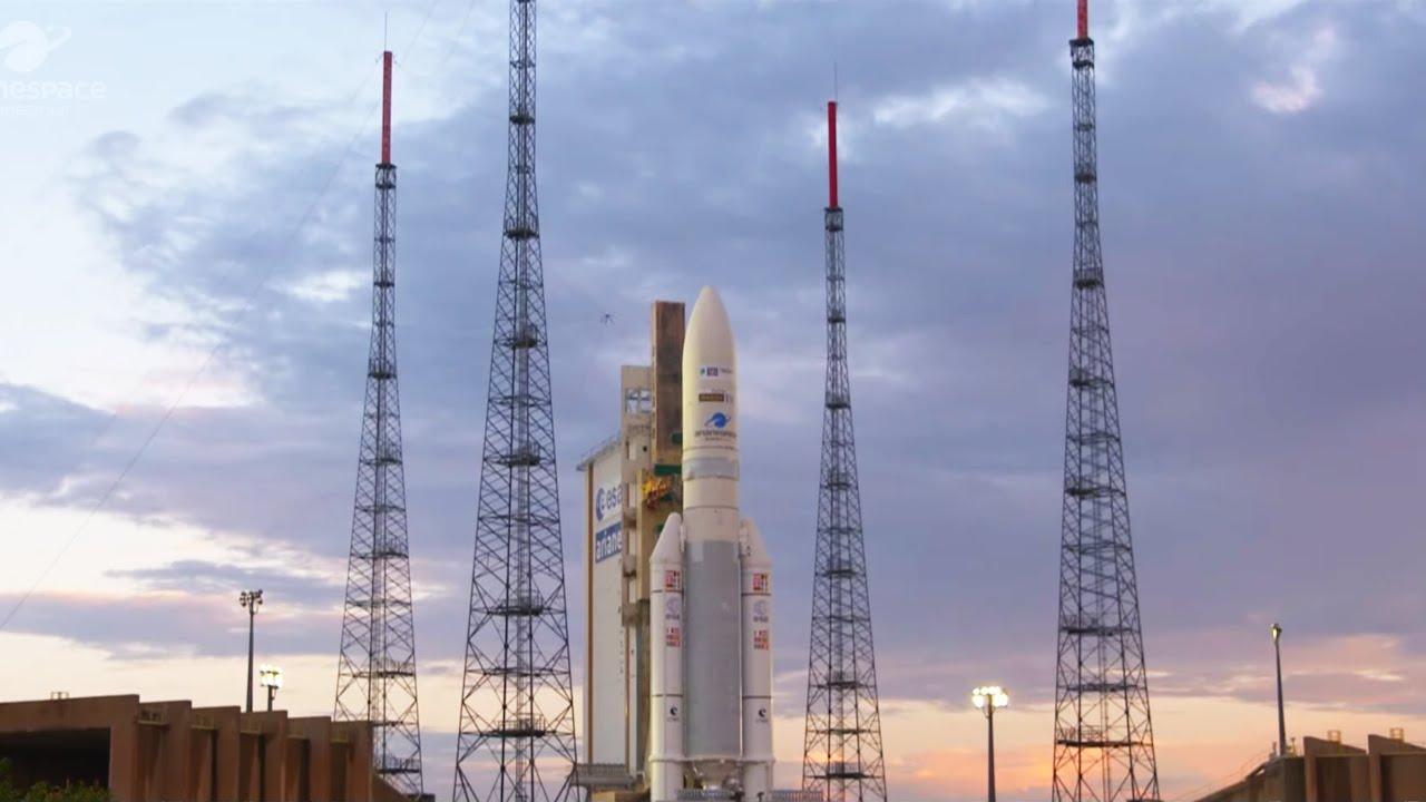 Arianespace vol VA253 – Galaxy 30 / MEV-2 / BSAT-4b - 31 juillet 2020 (FR)