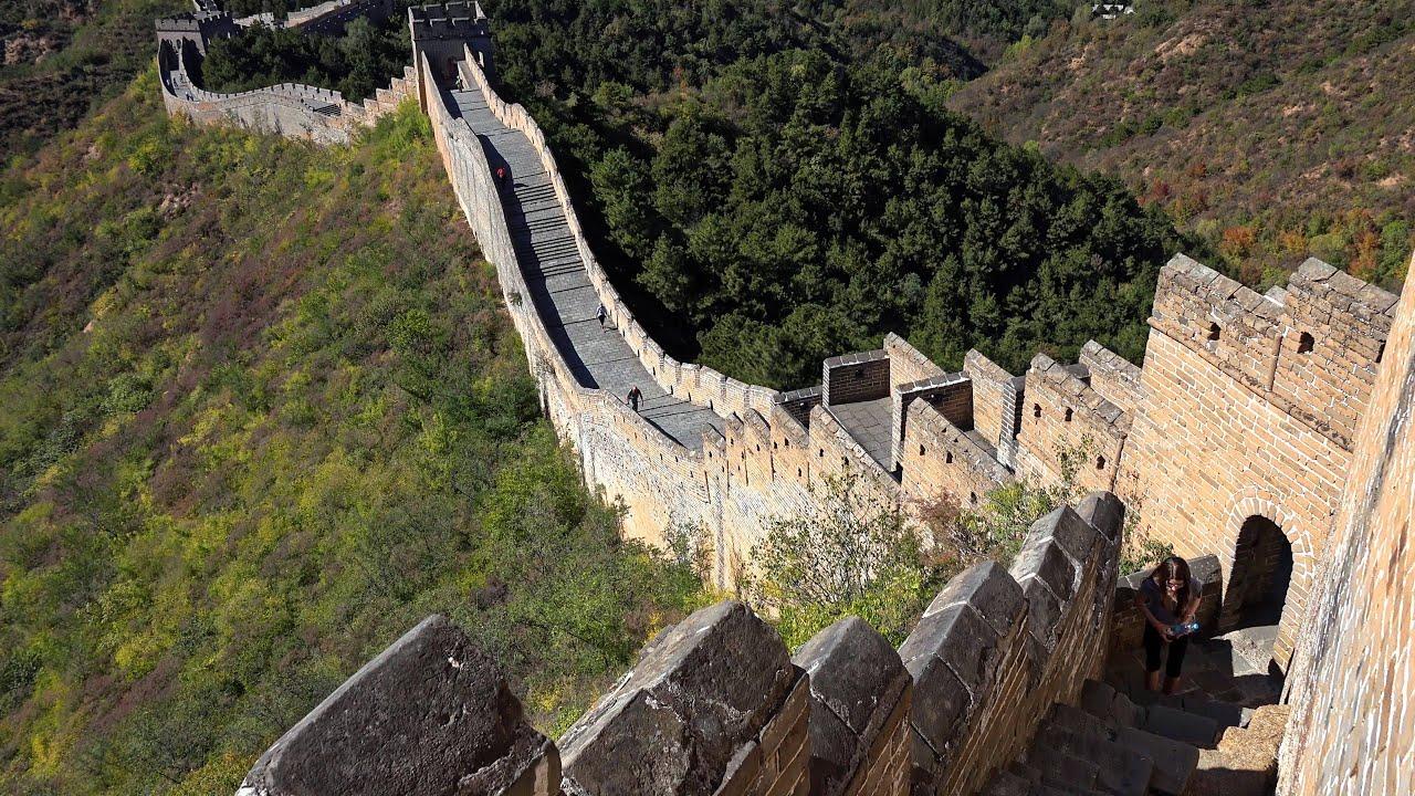 Cable car, the Great Wall of China between Jinshanling and Simatai ...