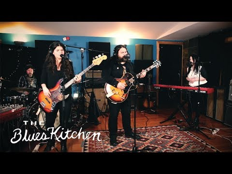 The Blues Kitchen Presents: The Magic Numbers 'Ride Against The Wind' [Live Session]