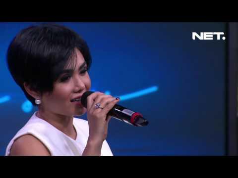 Yuni Shara - Tuhan Jagakan Dia ( Live at Sarah Sechan )
