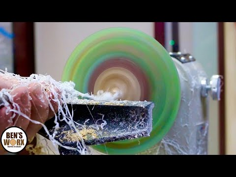 Turning Epoxy Resin and Straws into a bowl