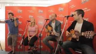 O5 & Radeček feat. Bára Hosnedlová - Vloupám se | CITY LIVE na radiu City (18.9.2014)