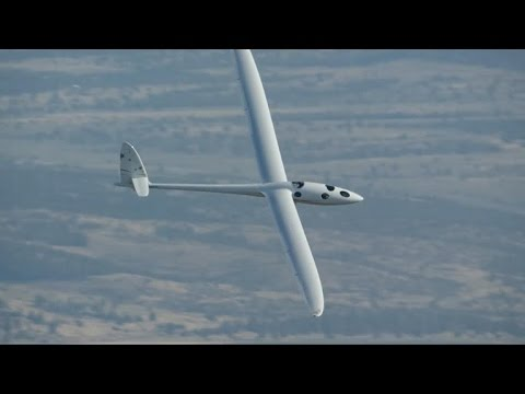 Glider about to attempt world altitude record