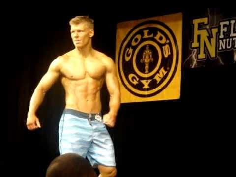 Nick Olsen nick olsen mens physique posing routine 2012. - youtube