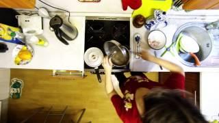 Приготовление домашнего ужина.