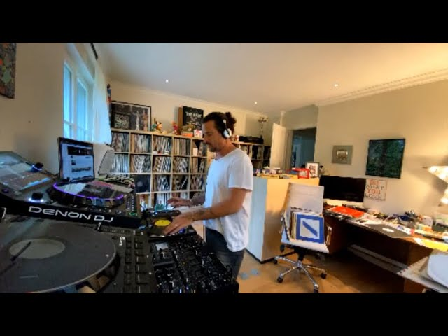 Luciano Living Room Session Part.39 (01.05.2020)