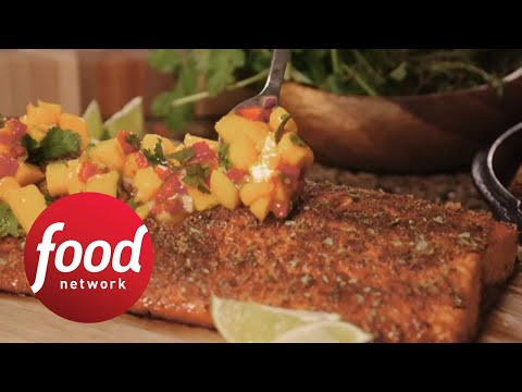 WORLD premiere of #BBQBrawl: Bobby Flay V. Michael Symon | Food Network