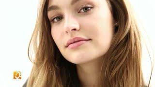 Roosmarijn de Kok dolgelukkige Victoria's Secret A - RTL BOULEVARD - LATE EDITIE